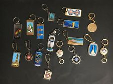 KEYRING LOT OF 17 TRAVEL, COUNTRIES, FROM 70's/ 80's