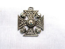 VINTAGE CAST USA PEWTER CELTIC MALTESE IRON CROSS with SKULLS PENDANT NECKLACE