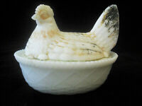 Westmoreland Milk Glass Hen-on-Nest c 1900-1920