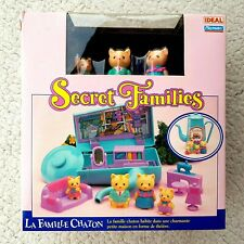 SECRET FAMILIES: KITTY (NO SYLVANIAN, PLAYMATES TAKARA. MUÑECA CATS). BRAND NEW!