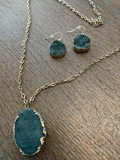 Green Stone Pendant Necklace Gold Chain Earrings Set Women's Fashion Jewelry