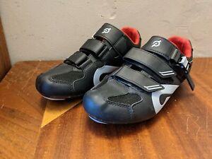 Peloton Cycling Shoes Black Red Bicycling NO Cleats PL-SH-02 Size 42 EU