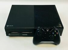 Xbox One 500 GB + controller + 3 games