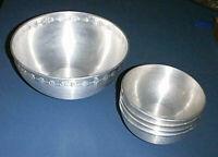 Vntg MIRRO Aluminum DAISY 4Qt Mixing /Popcorn /Snack Bowl & (4) Individual Bowls