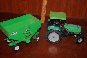 ERTL Deutz-Allis Green Tractor and Grain Wagon Huskee Farm Equipment Vintage Toy