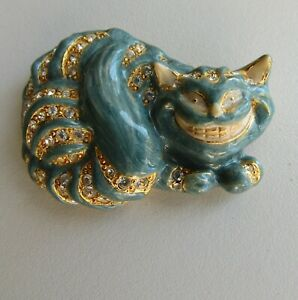 Kirks Folly brooch of a Cheshire cat