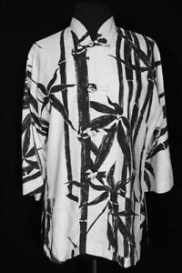 VINTAGE 1980'S BAMBOO WHITE & BLACK PRINT HAWAIIAN BLOUSE SIZE LARGE
