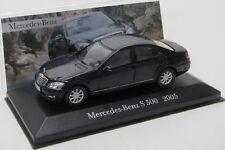 Mercedes Benz S500 / W221 ( 2005 ) schwarz / IXO 1:43