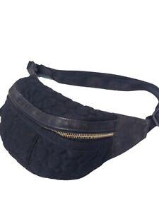 Vera Bradley Black Belt Bag Quilted Fanny Pack Waist Travel Purse Adjustable