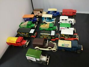 B611-LLEDO,OXFORD DIECAST LOT OF SIXTEEN PROMOTIONAL VEHICLES