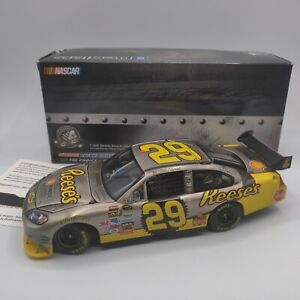 Rare 2009 Kevin Harvick #29 Reese's Brushed Metal 1:24 NASCAR Action 1/144 rare