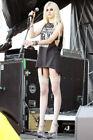 Beautiful Taylor Momsen LONG LONG LEGS 4x6 photograph SO FREAKING HOT!