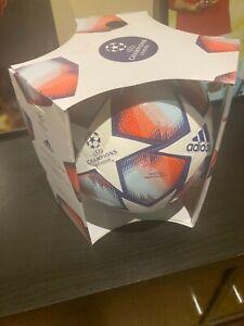 adidas Uefa Champions League Finale 2020/2021 Pro Match Ball, Größe 5