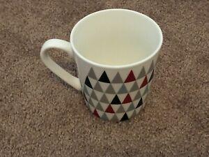 Starbucks 18 Fl Oz. Christmas Triangle Shaped Coffee Mug