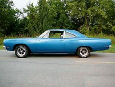 1968 Plymouth Roadrunner side view blue 24 x 36 Poster