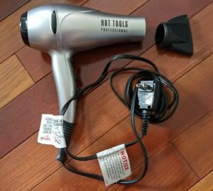 HOT TOOLS 1038UL Professional Ionic Turbo Dryer in Silver - 1875W USED TESTED