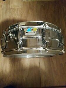 Vintage ludwig supraphonic snare drum