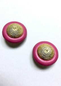 Vintage Round Gold Fuchsia Pink Leather Disc Metal Clip On Earrings 80s ArtWear
