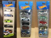 Hot Wheels Cars Sets HW Exotics Snow Stormers Batman V Superman