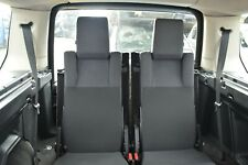 LAND ROVER DISCOVERY 3 3RD ROW FOLDING REAR SEATS W/ SEATBELTS