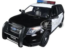 2015 FORD POLICE INTERCEPTOR BLACK/WHITE LIGHTS & SOUND 1/24 CAR MOTORMAX 79536