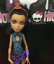 Monster High Robecca Steam Dance Class Doll Great Condition 💕