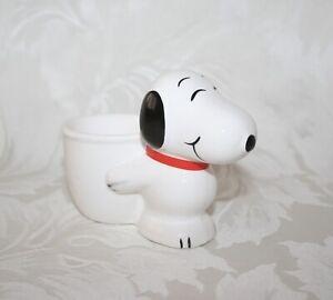 CUTE VINTAGE SNOOPY EGG CUP