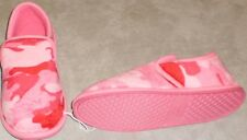 Slippers girls size 11-12M new man made materials pink camouflage