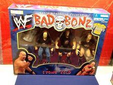 WWF: Stone Cold Steve Austin BAD TO THE BONZ ***Exclusive T-Shirt*** Figure Set