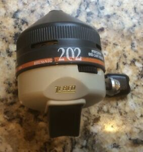 Zebco 202 Spincast Fishing Reel Made In USA