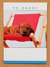 Tarjeta de cumpleaños papá ~ Cachorro relajante en una silla de cubierta Papá Papá tarjeta de cumpleaños