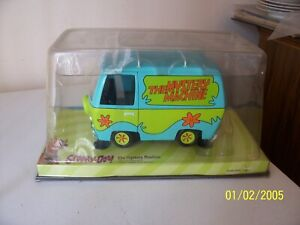 Johnny Lightning Scooby Doo Mystery Machine Ford Econoline E200 - NEW IN CASE