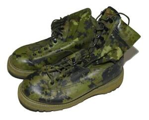 Rare Canadian Army CADPAT TW Digital Camo Temperate Combat Boots - SIZE 9 - 270