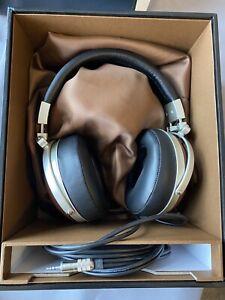 Denon AH-D7000 Dynamic Headphones - Boxed