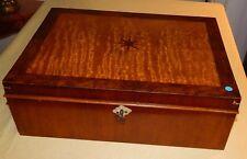 Antiker Nähkasten aus Nussbaum, Intarsienarbeit - TOP