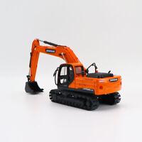 Diecast Excavator Engineering Vehicle Truck Collectible 1/40 DOOSAN DX225LCA Toy