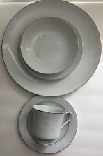 Fashion Royale REMEMBRANCE 5 Piece Place Setting Service for 1 Fine China M-5612