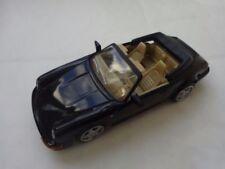 Voitures, camions et fourgons miniatures noirs Cabriolet 1:43