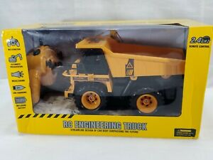 NEW Caae RC 2.4G Remote Control Dump Truck Construction Vehicle (bt)