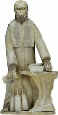 NECA Planet Of The Apes - Lawgiver Statue