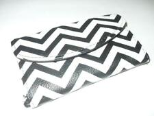 New Women's Cellphone & Credit Card Holder - Black & White Chevron - NWOT