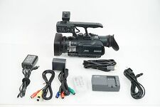 JVC GY-HM100U Hand-Held 3CCD HD Camcorder SDHC Card MOV/MP4 *LOW HOURS*
