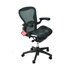 HERMAN MILLER AERON CHAIR SIZE B GREEN MESH
