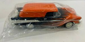 NIB Liberty Classic 387500 1:25 Eastwood Waycool#6 1957 Chevy Bel Air Nomad Bank