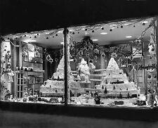 Lionel Train Dept Store Christmas Window Display 1959 8  x 10  Photograph
