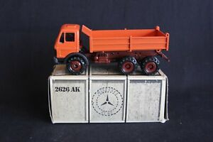 Conrad Mercedes-Benz 2626 AK Dump Truck 1:50 #2636 orange (J&KvW)