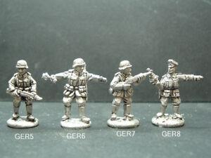 Metal WWII German Infantry Troops - 4 Variations 1/76 - 20mm Scale. GER5-6-7-8
