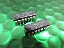 Mc14023bcp Motorola tamponata Triple 3-INPUT NAND GATE CMOS IC * 2 Chip per ogni vendita *