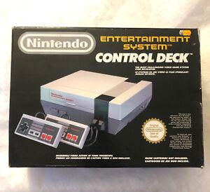 Console Nintendo NES  Dans Sa Boite D'origine