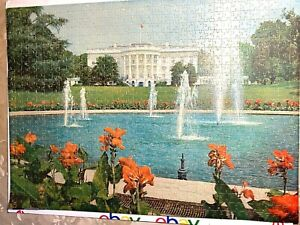Vintage Royal Fairco Jigsaw Puzzle  nearly 1000 pieces ca 1960/70's  White House